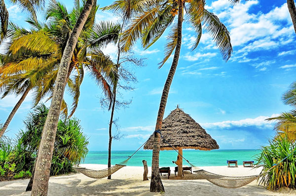 zanzibar tanzanie plage paradisiaque stone town unesco détente soleil