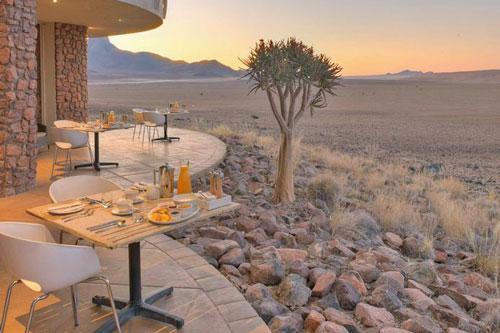 desert lodge sossusvlei safari namibie insolite